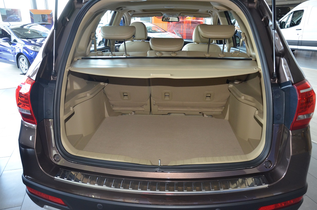 Haval H6 trunk